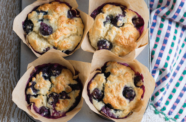 cung hoc lam banh muffin vi blueberry thom ngon 1